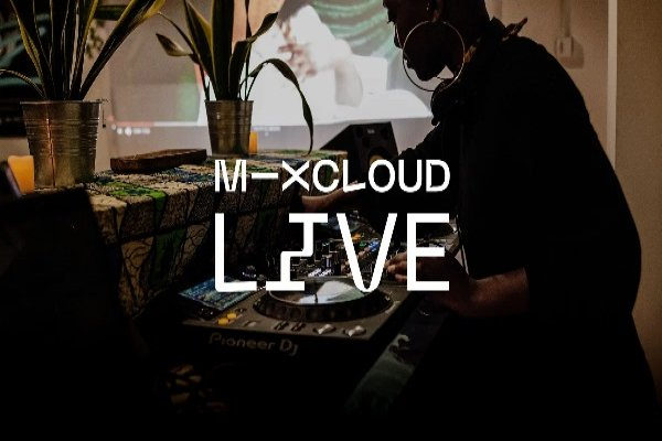 Mixcloud Live is a revolution in the Livestream with an emphasis on the DJ scene